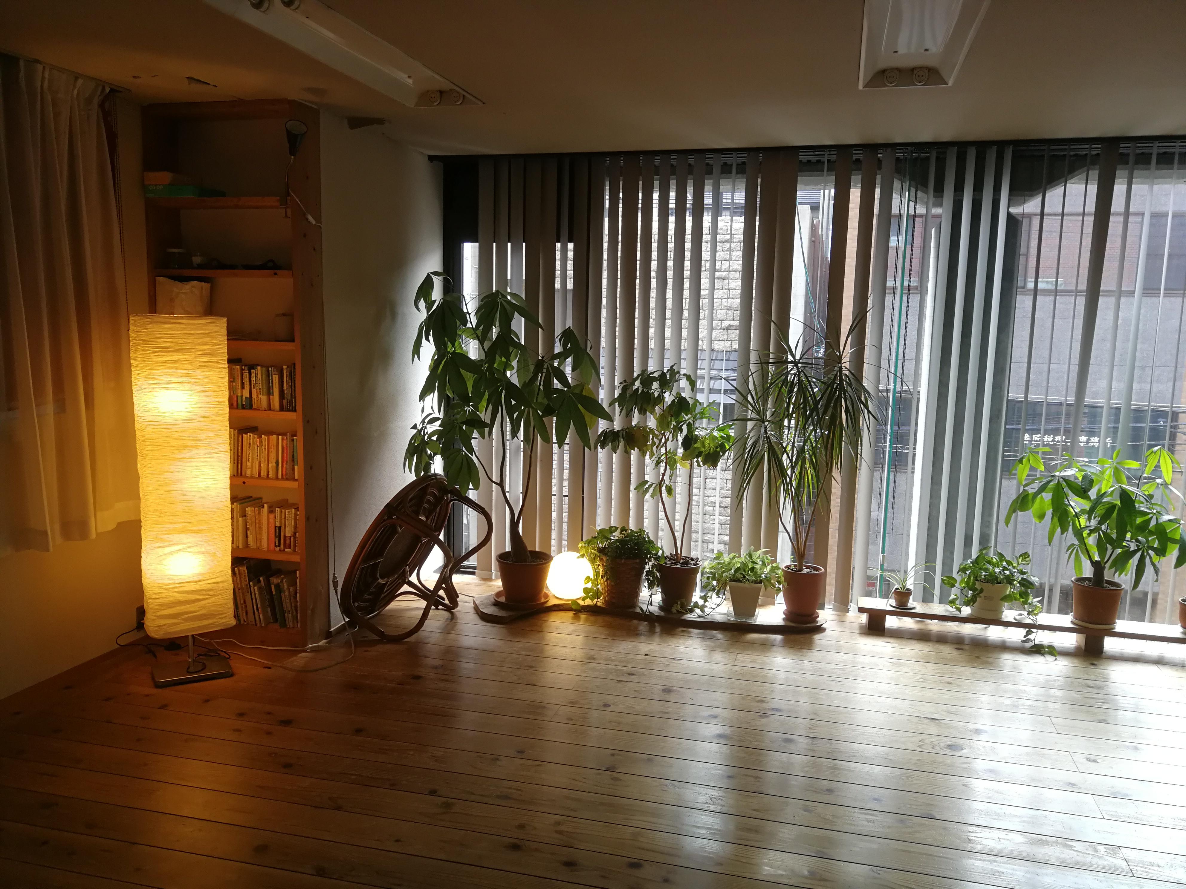 クラスが始まる前のスタジオ楽の森。
